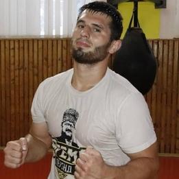 Rizvan Elikhanov