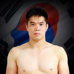 """Commentator"" Dae Hwan Kim"