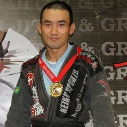 Harutoshi Tomono