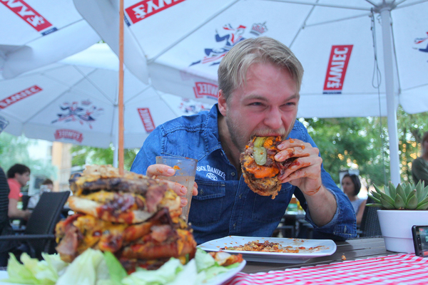 """Artur """"Epic Cheat Meal"""" Syc"""