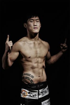 """Mad Bomb"" Woo Hyuk Choi"